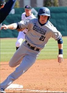 Hunter Thomas Georgia Southern rounding third base