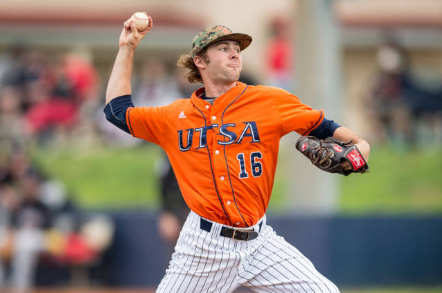 Patrick Herbelin UTSA 2015 pitching