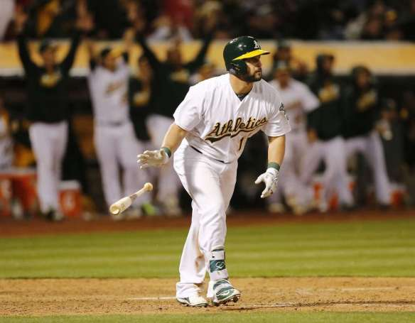 yonder-alonso-walk-off-hr-for-oakland