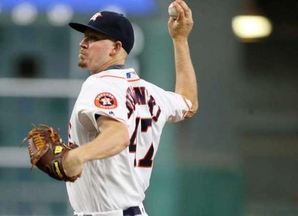 Chris Devenski firing a pitch for the Astros