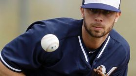 Tyler Thornburg fields a comebacker