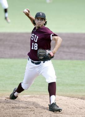 Aron Solis pitching Texas Southern 2